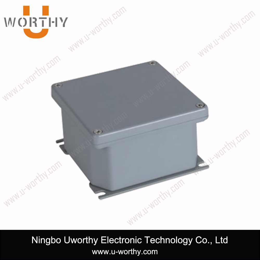 "Square Aluminium Alloy Outdoor Junction Box Electrical Enclosure 4""*4""*2.3"""
