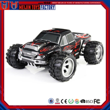 7.4V powerful battery 100m distance high speed 1 18 scale 4x4 rc toy car