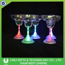 Colorful Changing Cheap Plastic Margarita Light Up Glass, Margarita Promotional Glass, Margarita LED Glass