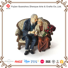 The old couples figurine garden or home decoration cheapest resin handcrafts