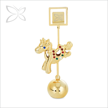 Classic Gold Plated Metal Crystal Horse Chinese Zodiac Business Name Card Photo Holder Paperweight