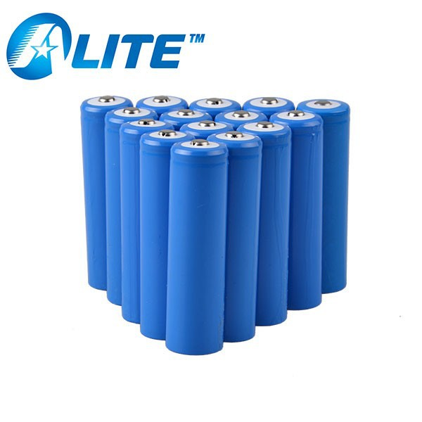 3.7v lithium ion 18650 battery with 2200mAh for Torch and Power banks