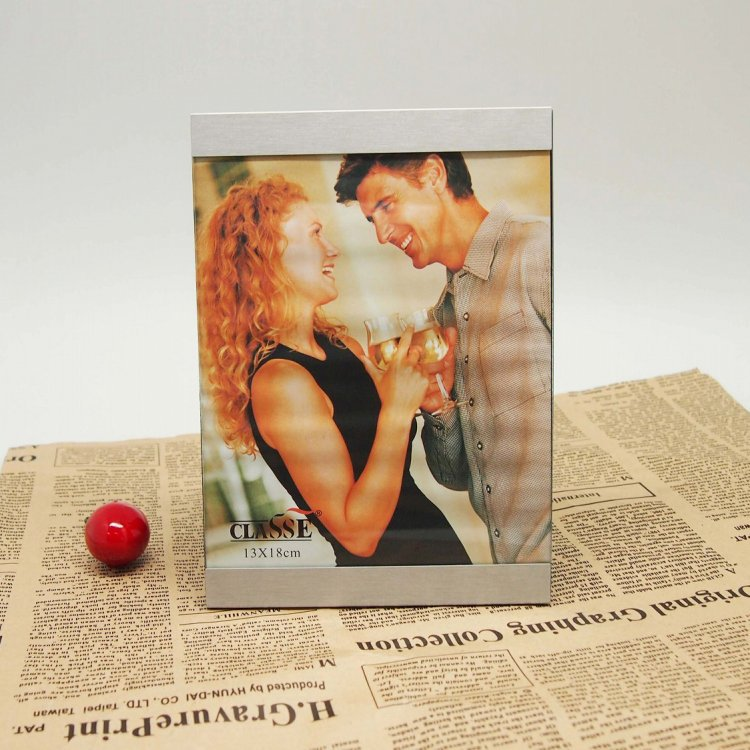 metal photo frames new style sex picture metal frame for tile