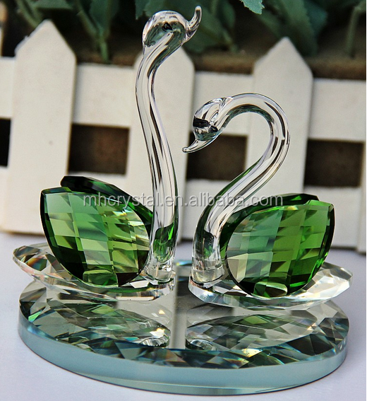 Green CRYSTAL Kissing Glass swan MH-D0438