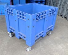 1200x1000mm plastic pallet with wheels