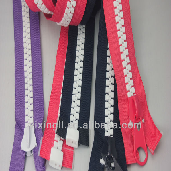Fashion Europen style plastic zipper supplier