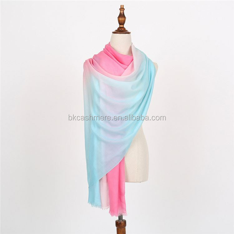 FACTORY DIRECTLY custom design lady winter scarf manufacturer sale