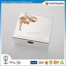 Custom made trendy Square Shape Floral Silver Plated Metal Jewelry box for decoration