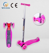 Three wheels foldable children scooter