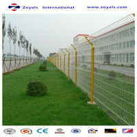 Manufacturer ISO9001 pvc coated welded double edge fence for road way railway