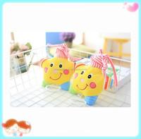 2016 new design cute yellow star shape plush musical box plush toy for kids