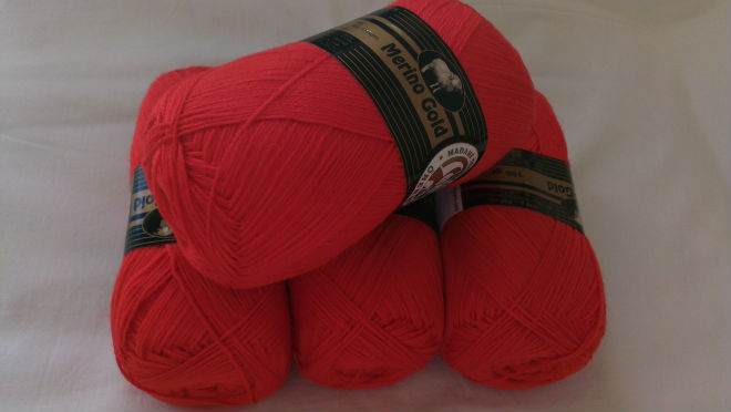 Merino wool yarn, multiple colors