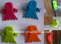 Hot selling creative silicone soft child satety ghost shaped door toppers/stops