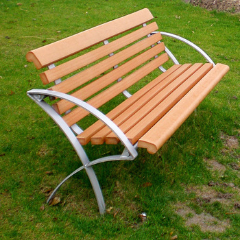 China factory best selling plastic wood with metal legs garden bench