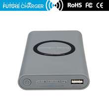 Customized Logo Print mobile phone battery charger, qi quick wireless charging power bank