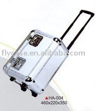 2015 new design and EU style Aluminum pilot case with trolley