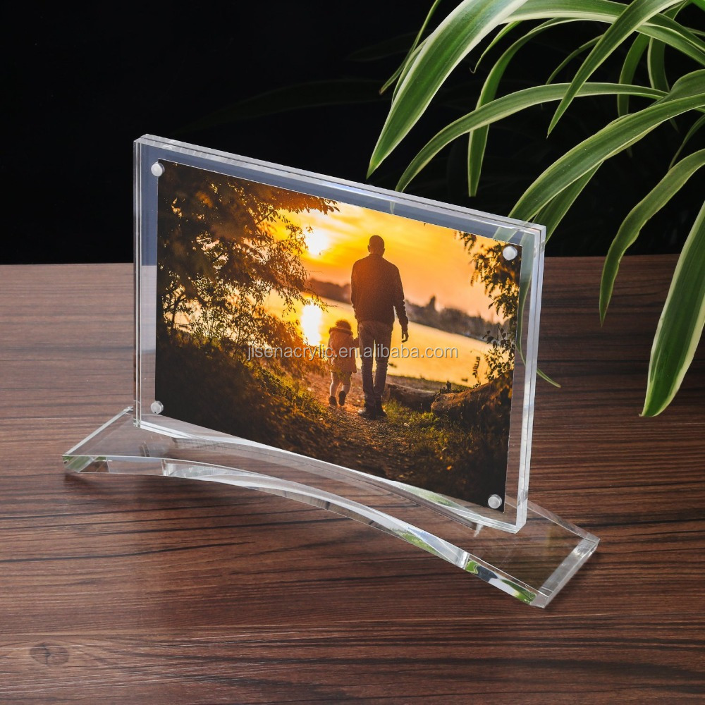 "Custom High Quality Clear Acrylic 5x7"" Magnet Photo Frame with Stand"