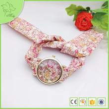 New Style Fashion Custom Flower Printing Special Cotton Cloth Strap Women Promotional Clock Wrist Watch