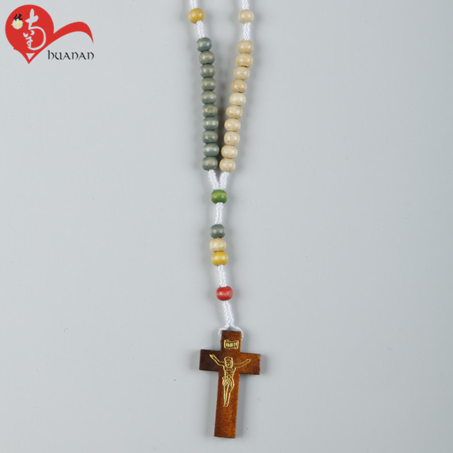 Good new design cross wooden rosary beaded necklace