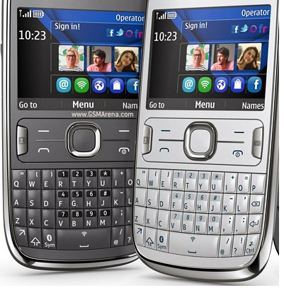 All brands mobile phones with 3 mega pixel camera and bluetooth with qwert Keypad