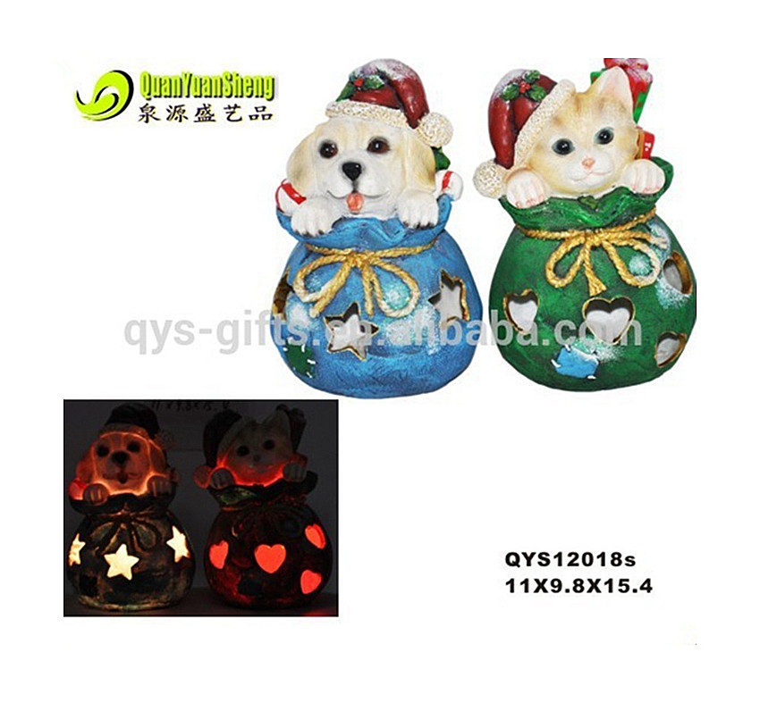 2017 Polyresin creative led solar light function wholesale dog Christmas ornaments