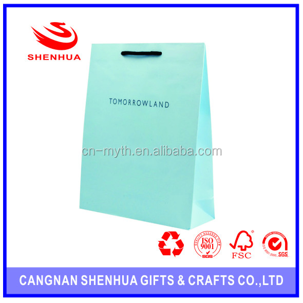 Triangle Shape Gift Packing Simple Paper Bag