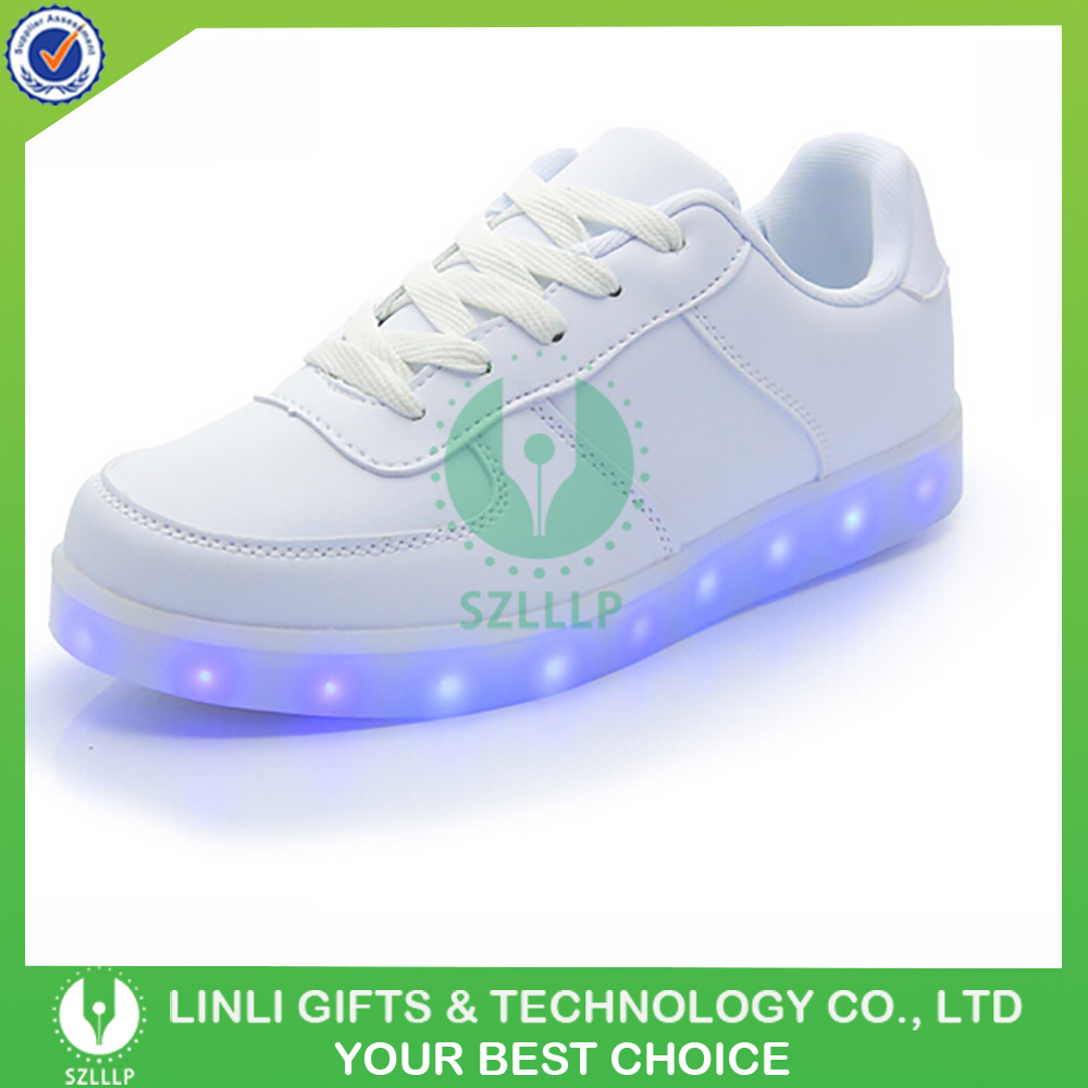 China Wholesale PU Flashing Shoes Adult