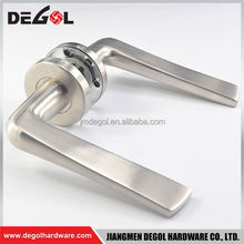 Latest stainless steel solid lever residential polish chrome shower door handle