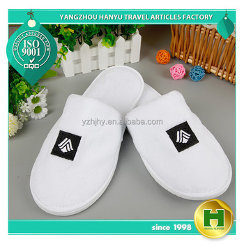 Coral Velvet Hotel Slippers / Custom Good Quality Disposable EVA Indoor Slippers / Luxury Coral Fleece Closed-toe White Slippers