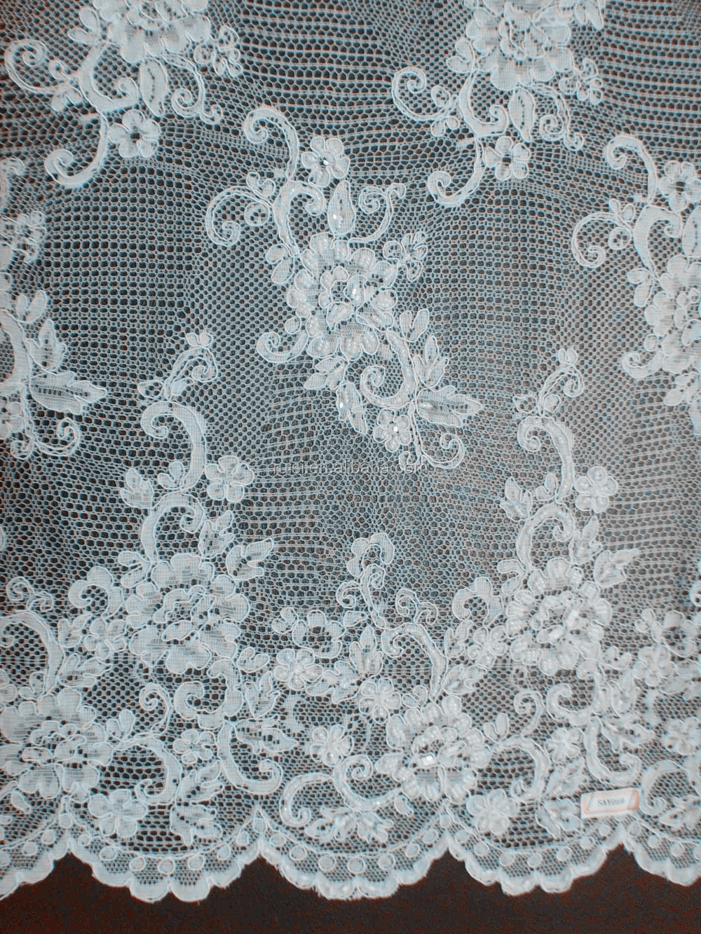 2017 Nigerian white beautiful jacquard fabric soft comfort wedding jacquard lace