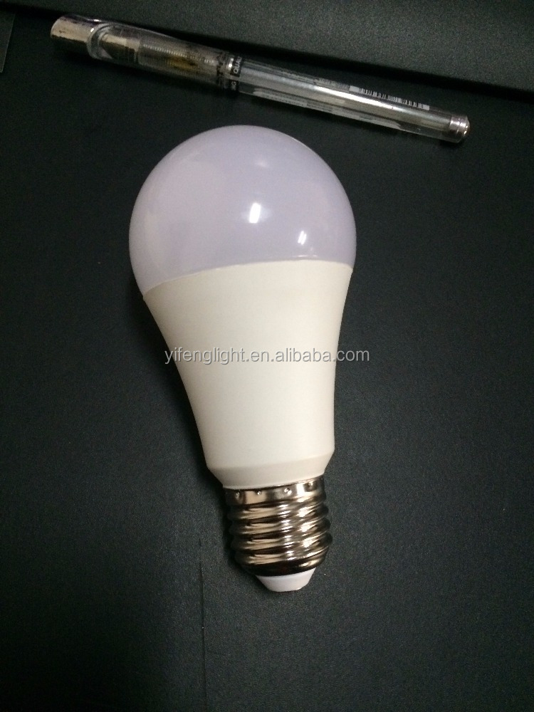 LED A19 - 15 Watt Cool White 6000K Edison Screw E27 LED Bulb