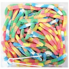 worm shape sour spray candy