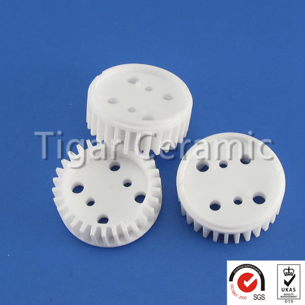 High quality customized e 27 screw type ceramic lamp holder with good insulation and high strength