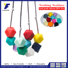 Wholesale Hot Fashion Pearl and Coloured Beads Necklaces