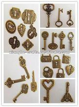 old fashion Keys & lock wholesale metal charm