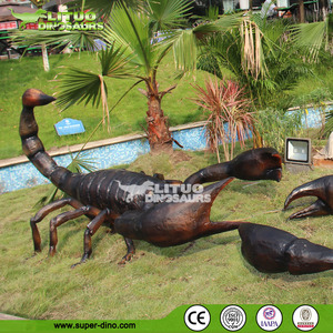 Animated Insect Models for Amusement Park Decorations