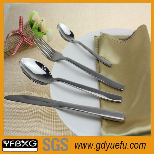 2016 Hot Sell Bamboo Handle Flatware Sets roasting fork