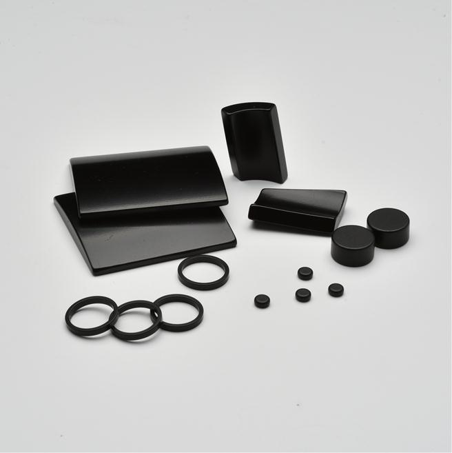 Rubber coated/covered neodymium pot magnets with good price