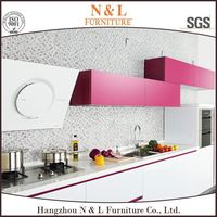 2017 Hot Design White Lacquered Wooden Kitchen Cabinet Glass Doors