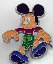 2014 Promotion gift hot sale and new fashion mickey mouse metal pin badge