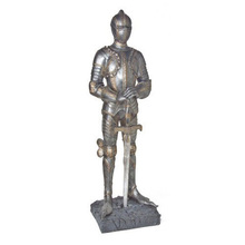 High Quality Lifelike Resin Knight Statue