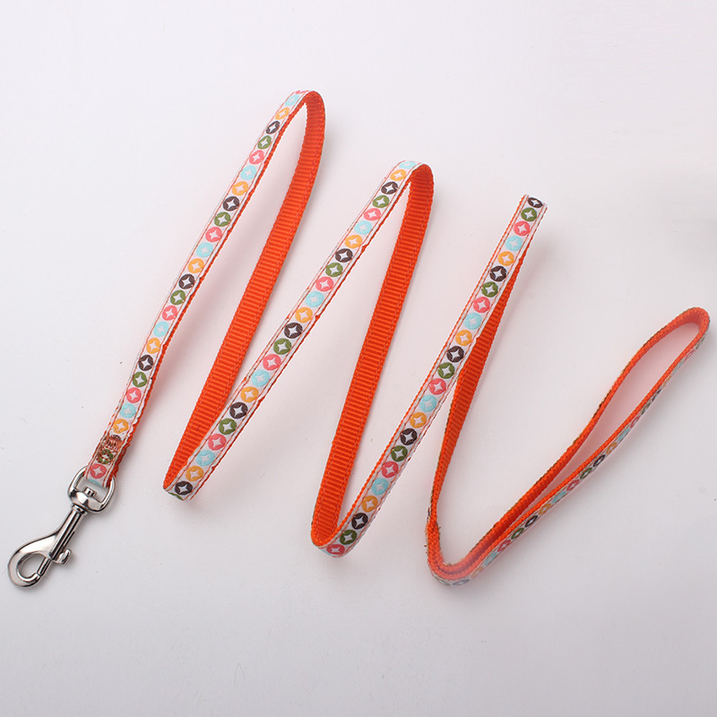 China pet supplies manufacturer wholesale  pattern woven dog training leash with dog clip