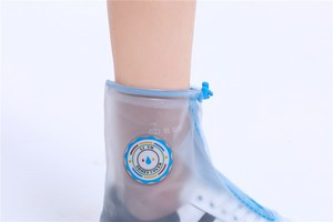 China Disposable Non Skid Plastic rain Shoe Covers Overshoes