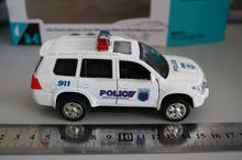 1/34 scale OEM police car toy model die cast police car (with light sound,door opened)