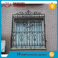 Alibaba yishujia manufacturer latest window designs/simple iron window grills/iron window grill color