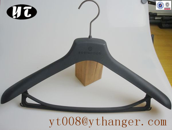 shenzhen YT hanger factory for rubberized suit sets hangers