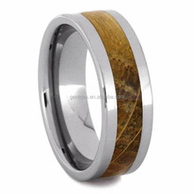 Whiskey Barrel Wood Wedding Band Tungsten Ring Inlaid With Oak Wood Men's Whiskey Jewelry