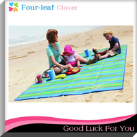 2016 Hot Sale Handy Beach Mat with Strap, Perfect Beach Picnic Blankets