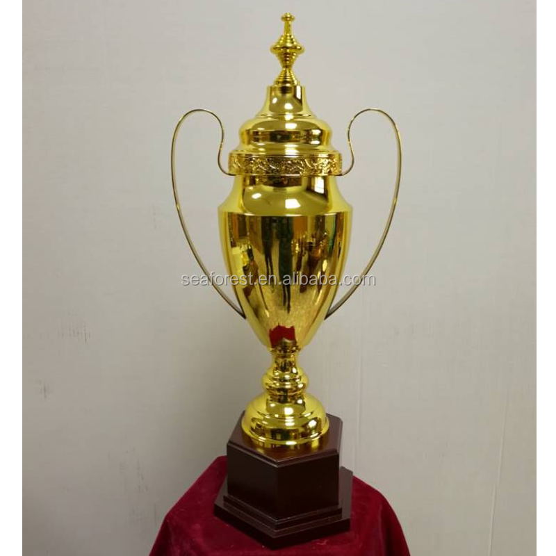 New Design Big Metal Trophy Gold Sports Award Cup For 2018 World