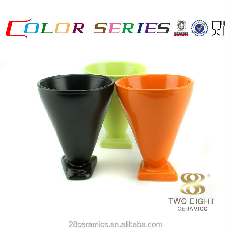 Wholesale porcelain homeware, fashion design restaurant utensils, crockery sauce cup